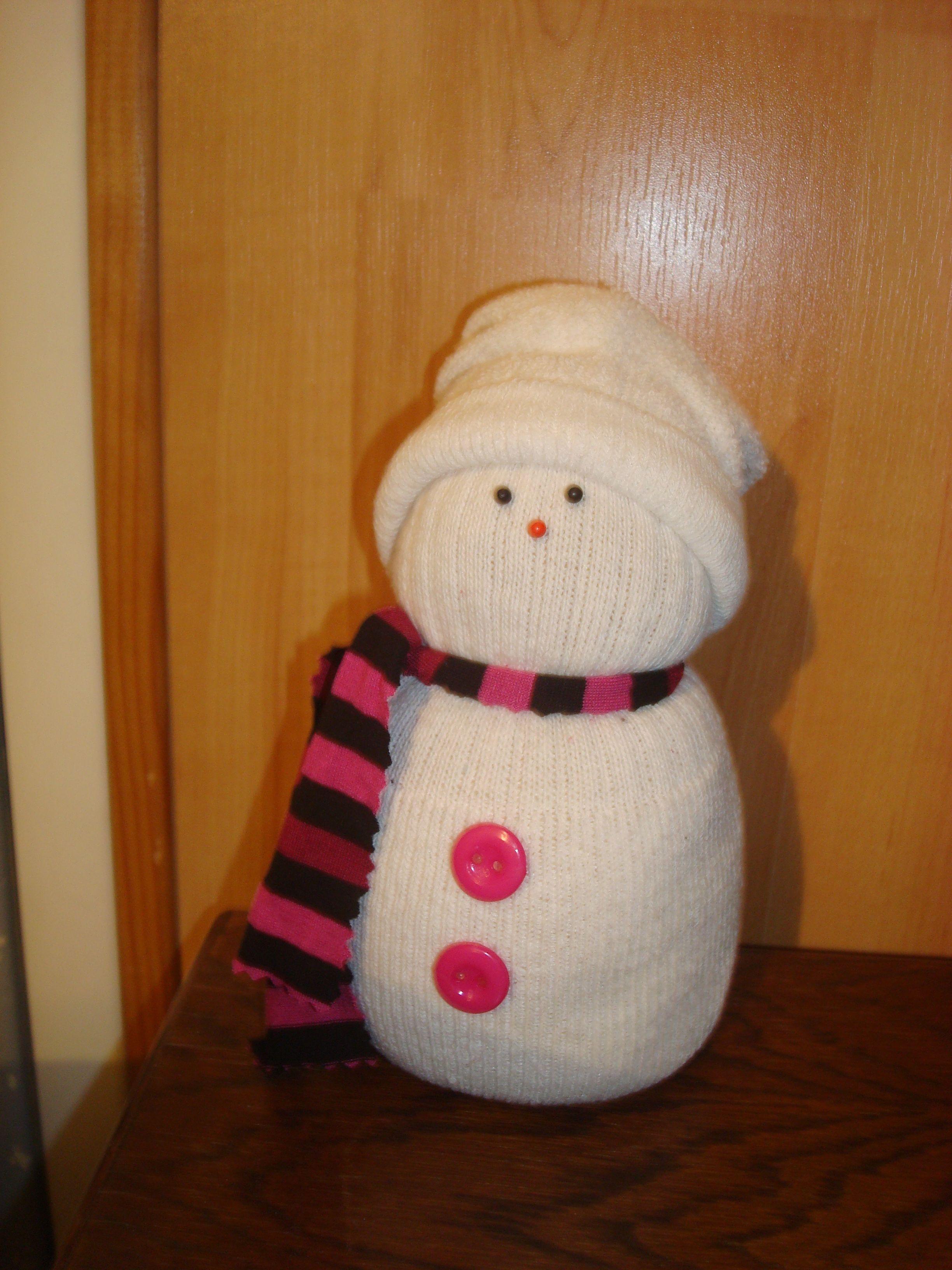 Bonhomme de neige fait avec une chaussette - Bonhomme de neige avec une chaussette ...